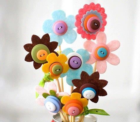 Floress fieltro y botón